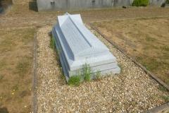 Evans-Grave-3